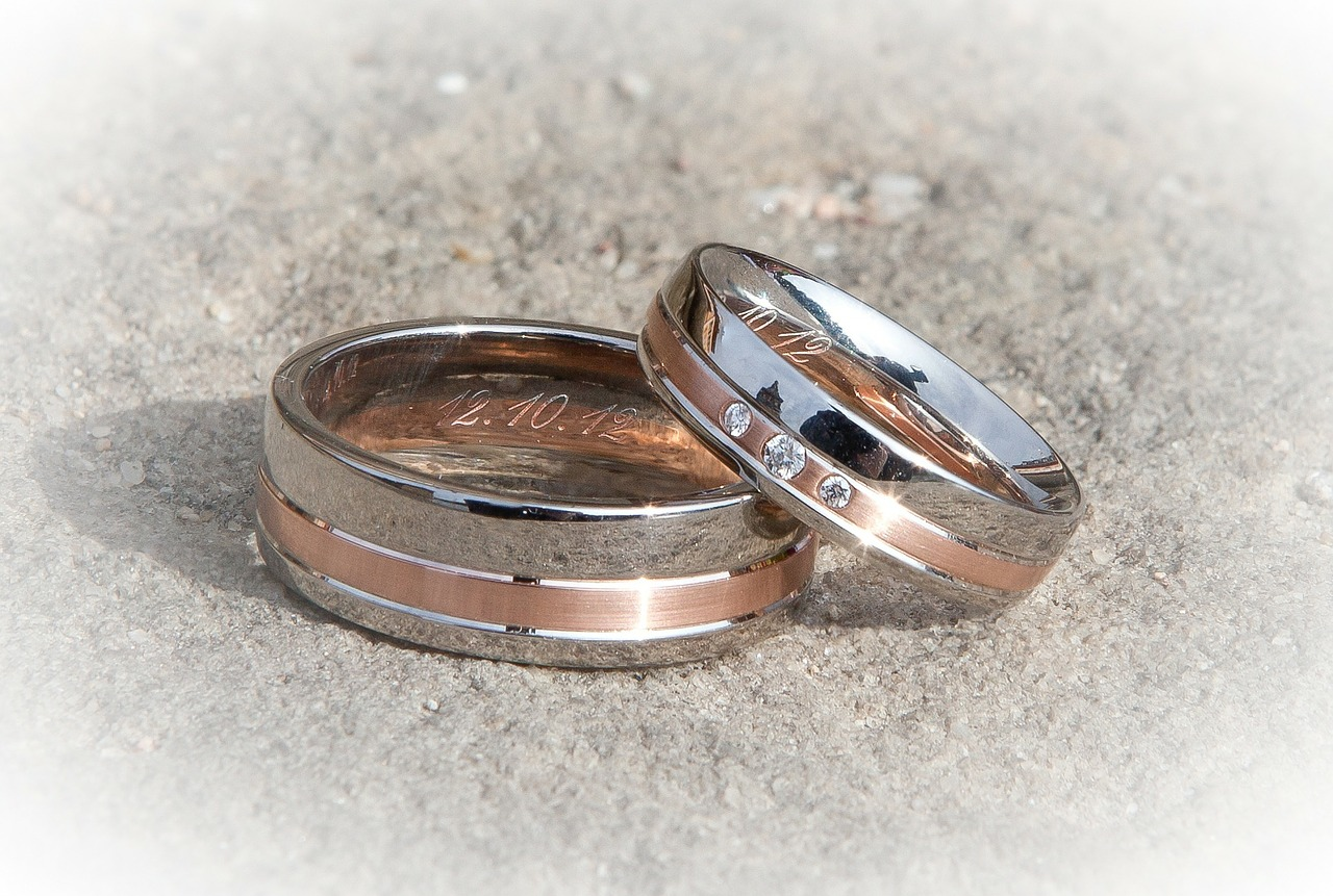 ring-260892_1280