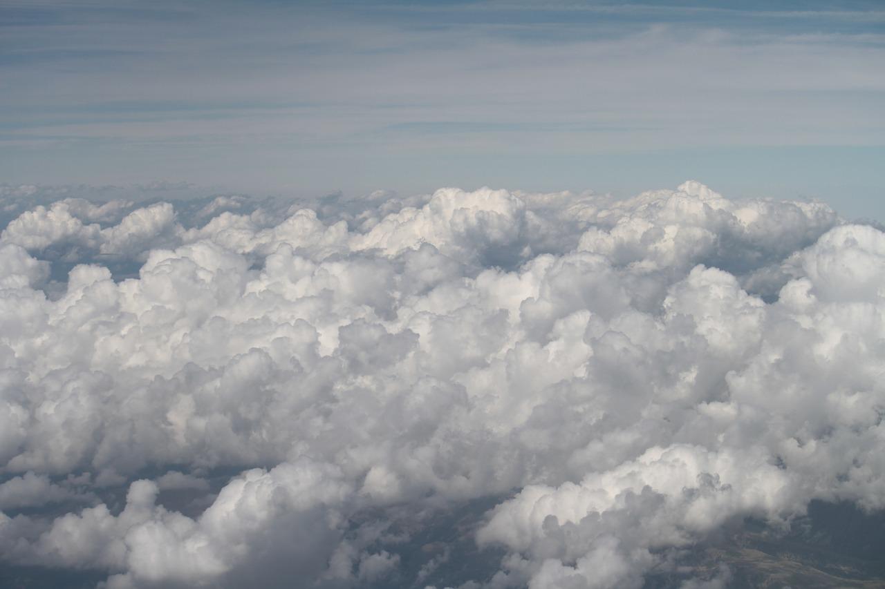 clouds-925944_1280
