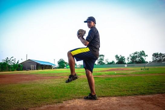 baseball-player-810728_640
